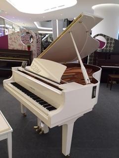 バンコクのピアノ展示会 | マドリッド音楽教室